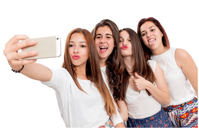 SELFIE ELBOW : Selfie addiction causes this medical condition