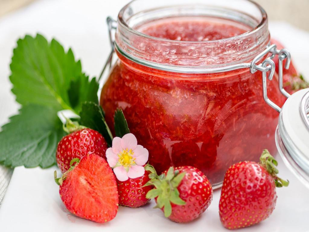 Strawberry and beer facial scrub