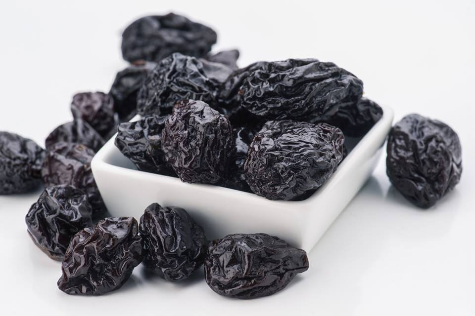 Prevent Constipation With Prunes