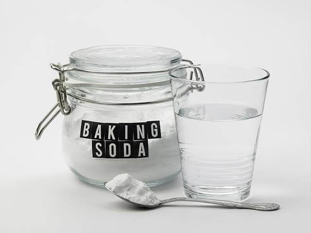 Baking Soda for Dry Itchy Scalp